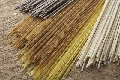 Vollkorn-, Reis- und klassische Spaghetti unterschieden sich in Aussehen und Geschmack.