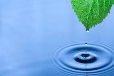 Welche molare Masse hat Wasser?