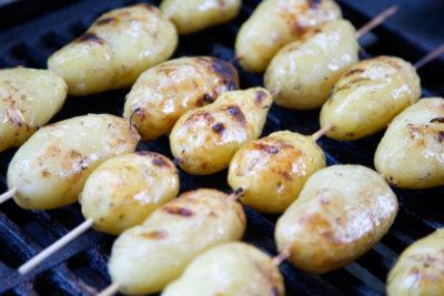 Kartoffeln sind super geeignet zum Grillen.