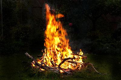 Das Feuer veränderte das Leben der Menschen.