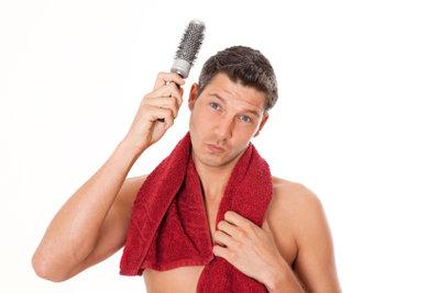 Stylen Sie dich die tolle Frisur von Luca Hänni!