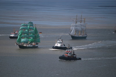 Bei ANNO 1404 ist es hilfreich, mit seinen Schiffen anzugreifen.