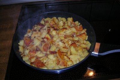 Für Bratkartoffeln brauchen Sie eine gute Pfanne.