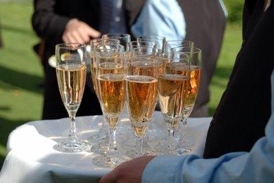 Was ist eigentlich der Unterschied zwischen Sekt und Champagner?
