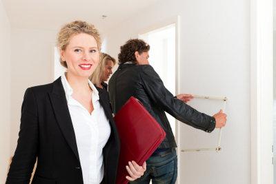 Immobilienmakler brauchen einen Maklerschein.