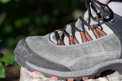 Schwitzende Füße fördern den Fußpilz.