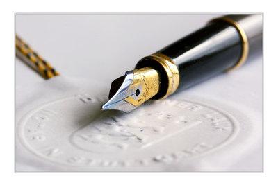 Die Notargebühren für ein Testament bestimmen sich nach der Kostenordnung.