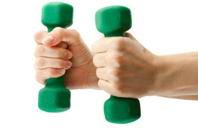 So trainieren Sie den Deltamuskel richtig.
