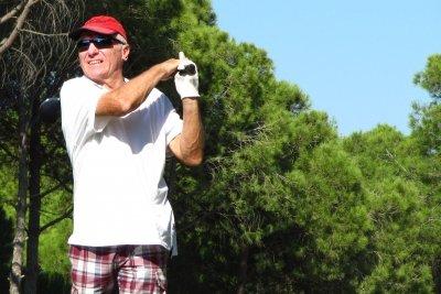 Traditionell karierte Hose beim Golfsport