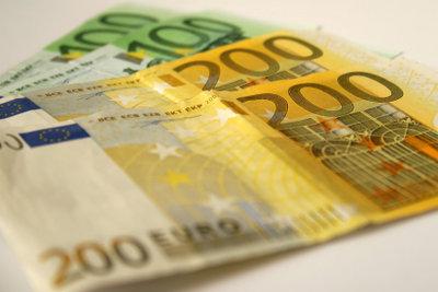 Jede Geldentnahme wird auf zwei Konten erfasst.
