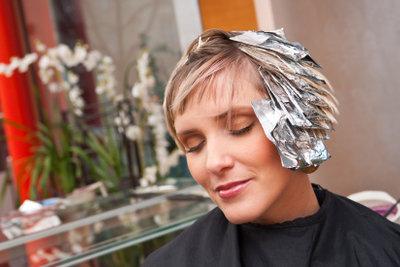Ammoniak wird in Haar-Kolorierungen verwendet.