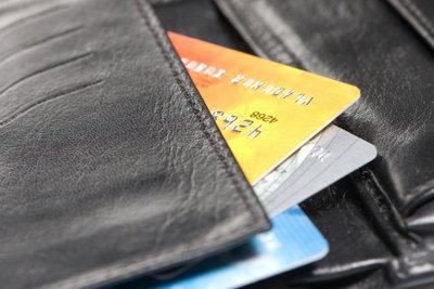 Bargeld verfügen mittels Kreditkarte