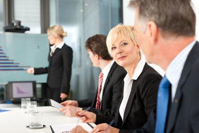 Mit Masterfolien bearbeiten Sie Präsentationen effektiv.