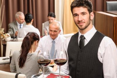 Waren die Leistungen Ihres Kellners zufriedenstellend?