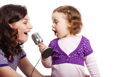 Sie können Ihr Silvercrest Karaoke-Set mit Leichtigkeit anschließen.