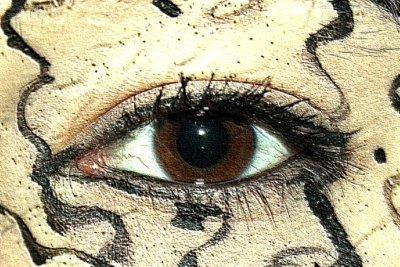 Verleihen Sie Ihren Augen Ausdruck durch lange Wimpern.