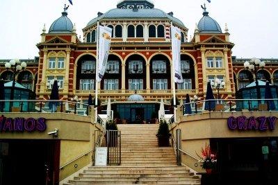 Ein beliebter Badeort der Niederlande ist Scheveningen.