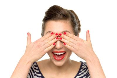 Frauen der 50er wirken immer perfekt geschminkt.