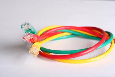 Die Wii kann per Kabel mit dem Netzwerk verbunden werden.
