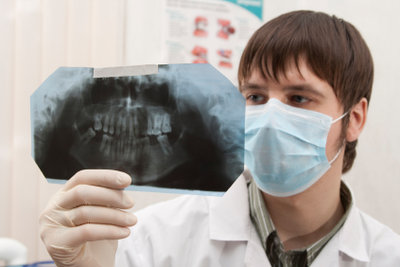 Freundliche Helfer in der Zahnarztpraxis