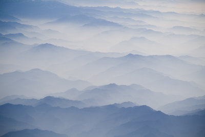 Die Landschaft des Himalaya fasziniert.