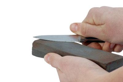 Der Schleifstein und Ihr Geschick - das Herz der selbstgebauten Schleifmaschine