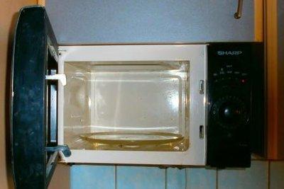 So können Sie in der Mikrowelle dampfgaren.