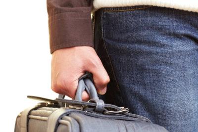 Wie schwer darf das Handgepäck sein?