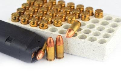 Nicht nur Schusswaffen fallen unter das Waffenrecht.