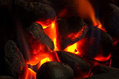 Die chemische Reaktion bei der Verbrennung von Kohle.