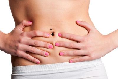 Durchfall kann eine Begleiterscheinung bei der Menstruation sein.