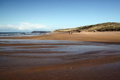 Die irische Küste ist wie das gesamte Land relativ dünn besiedelt.
