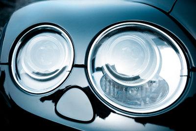 Ein Automobilkaufmann hat ein vielseitiges Aufgabengebiet.