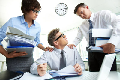 Befristete Arbeitsverträge sind belastend.