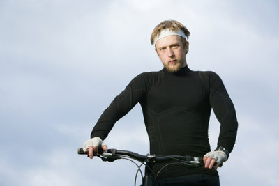 Für längere Touren empfiehlt sich ein Fahrradcomputer.