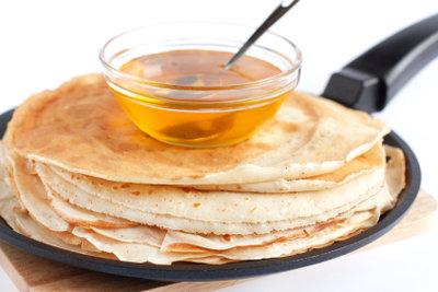 Pfannkuchen mit Ahornsirup - der Klassiker in den USA