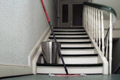 Putzen und Treppensteigen machen eine wirklich gute Figur.