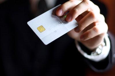 Über PayPal können Sie auch mit Prepaid-Kreditkarte bezahlen.