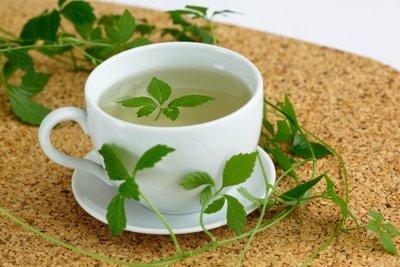 Die meisten Europäer verwenden Jiaogulanblätter als Tee.