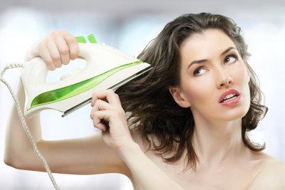 Auch eine Möglichkeit, die Haare zu glätten.