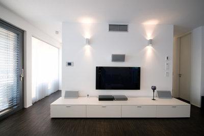 Achten Sie beim Kauf eines Fernsehers auf die Wohnzimmergröße.