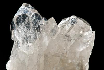 Bergkristalle wirken reinigend und harmonisierend.