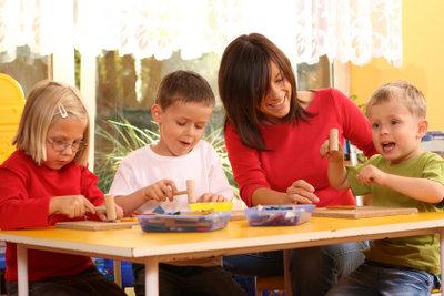 Bei vielen sozialen Berufen arbeiten Sie mit Kindern.