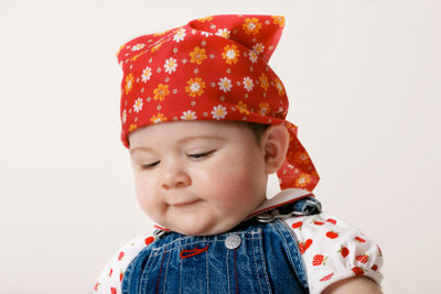 Das Bandana ist auch bei Babys beliebt.