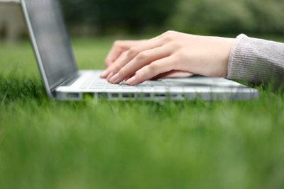 Smileys mit der Mac-Tastatur bei Facebook verschicken.