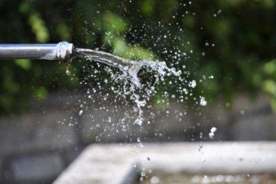 Das Wasser in den Leitungen unterliegt zahlreichen Kontrollen.