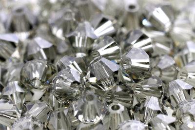 Swarovski-Kristalle werden oft imitiert.