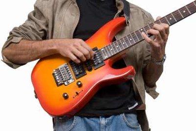 Musiker zahlen auch für Eigenkompositionen an die GEMA.