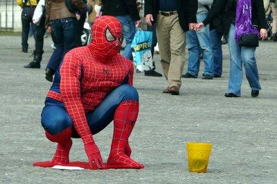Als Spiderman die Straßen unsicher machen