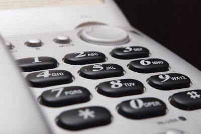 Anrufweiterschaltungen über den ISDN-Anschluss einrichten